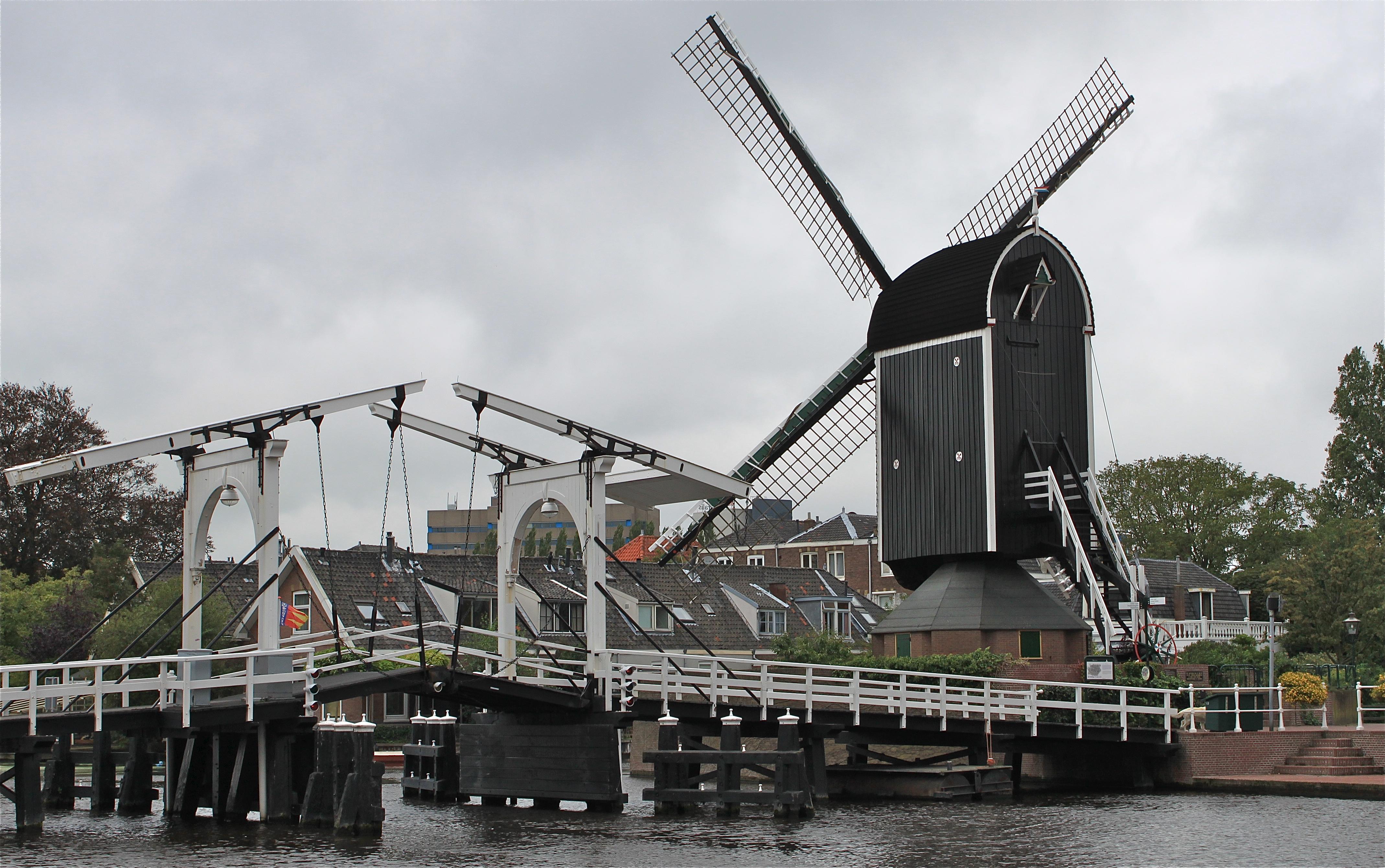 NR 29 brug en molen
