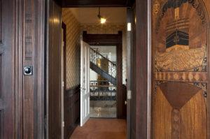 hotel-new-york-inside-detail-2