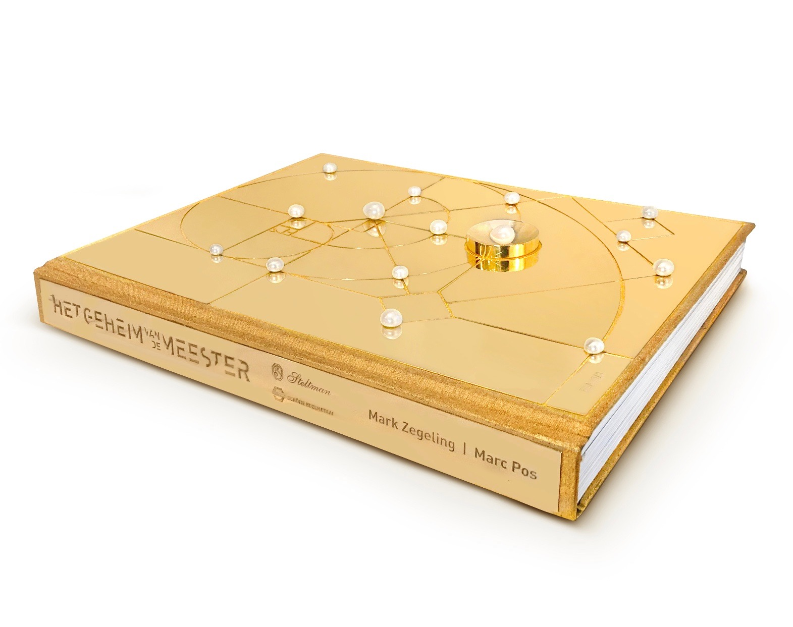 The Gold Edition liggend 2